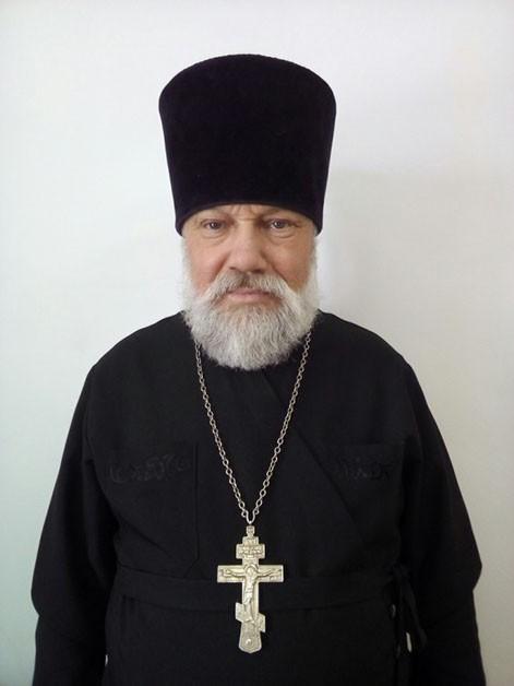 Духовенство прихода клирик иерей Виктор Майсеев