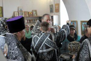 Богослужения в Репьёвке